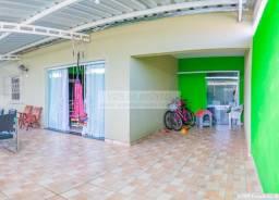 Linda casa no Jd São Camilo, com móveis planejados