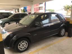 Fiesta Hatch 1.6 Flex - Completo