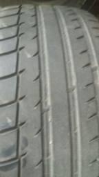 Rodas e pneus *