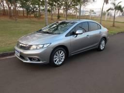 Honda Civic LXS 2014 1.8 automático couro