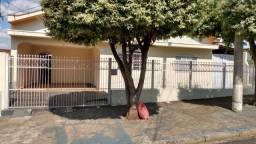 Alugue casa 02 dormitórios bairro jardim estrela