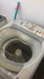 Máquina lavar 9 kg.