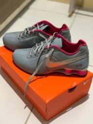 Nike shox original na caixa