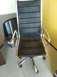 Cadeira Presidente Romana