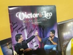 Dvd Victor E Leo Autografado