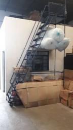 Escada Plataforma Escadão Estoque Mezanino 12 degraus