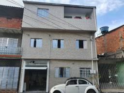 Vende-se sobrado em Guarulhos