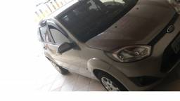 Ford fiesta sedan 1.6 - 2º dono