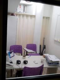Título do anúncio: Sala (vc fica com as chaves) no Centro com internet e ar condicionado