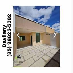 Casa bem localizada no bairro Pedras.
