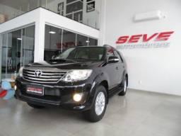 Toyota hilux sw4 srv 4x4 7 lugares automatica
