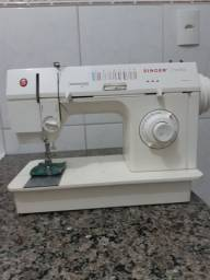 Máquina de costurar singer doméstica facilita