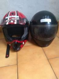 Vendo dois capacetes para moto os dois estão novos
