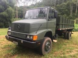 Caminhão  1418 4x4