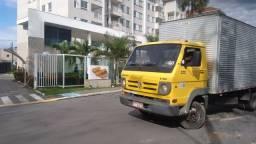 Caminhão fretes bau limpo capital e interior bau