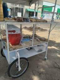 Vendo  um carrinho  pra vender pão  ,bolos, ,doces