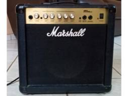 Amplificador Marshall MG15 CD para Guitarra