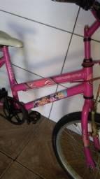 Bicicleta usada aro 20 Barbie