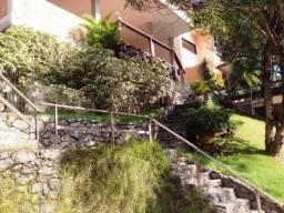 Itaipu, condomínio alto, 3 pavimentos,3 quartos, suíte, lazer completo
