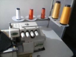 Maquina de Costura Interlock