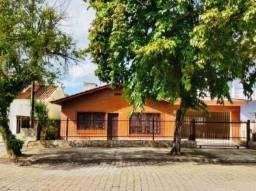 Casa para Venda em Joinville, Bucarein, 4 dormitórios, 2 banheiros, 2 vagas