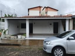 Alugo casa de condomínio no Aririzal