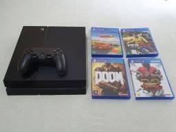 PS4 com 1 controle e 4 jogos