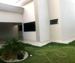 Casa novinha 03 quartos, sendo 01 suíte, sala, cozinha, garagem, porcelanato,Tangará -MT