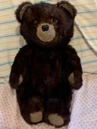 Belíssimo e raro urso feito com pele de urso de verdade