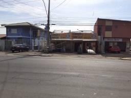 Vendo Comércio e casa de dois piso aos Fundos em frente a brigada militar