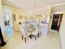 Apto 3 quartos com móveis planejados, andar alto, 2 garagens, Condomínio Villagio de Roma