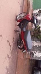 Vendo ou troco Biz 100cc leilão  zerada outra moto