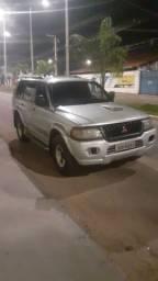 Carro Pajero diesel turbo