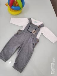 Jardineira infantil bebê menino