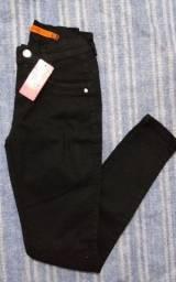 Calça Jeans Feminina Hot Pants Levanta Bumbum