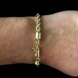 Pra vender tudo!qualquer pulseira banhada a ouro 18k por r$100,00