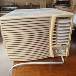 Ar Condicionado janela 7000 btu