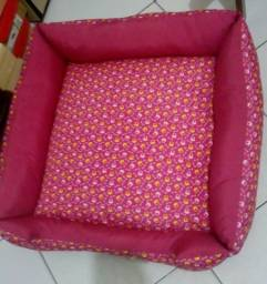 Cama para Cachorro GG- (Cama Quadrada luppet conforto Osso - Rosa)