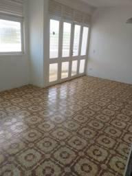 Apartamento a 50m da Praia e com 3 Quartos em Conceição!!