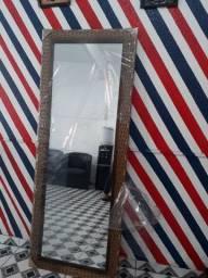 Vendo o espelho novo sem marca de uso