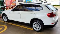 Vendo BMW X1 2015 segunda dona