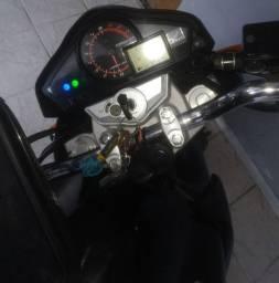 CB 300