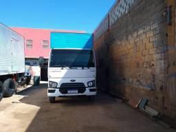 Ford Cargo 1119, Baú, 2014/14