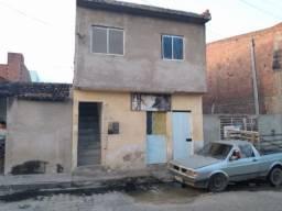 Casa pra vender com primeiro andar ao todo 5 quartos 3 banheiros, salas, cozinhas