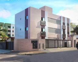 Apartamento de dois quartos com área externa