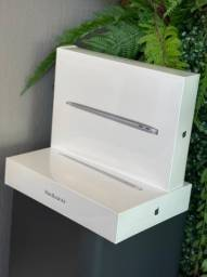 Macbook Air 256GB M1 Silver , Space ,e Gold , e Silver Modelo 2021