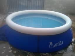 Vendo essa linda piscina usada semente uma vez