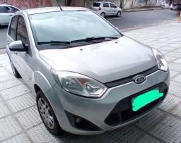 Ford Fiesta 1.6 Class/ 2013 Com Kit Gás R$29.991,00
