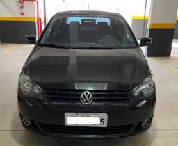 VW POLO SEDAN 2012