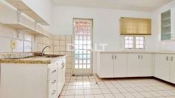 Casa Carolina de meio a venda no Villa Flora de Sumaré - CA0537-IM